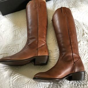 FRYE Carson Pull On Leather Riding Boot Size 6.5
